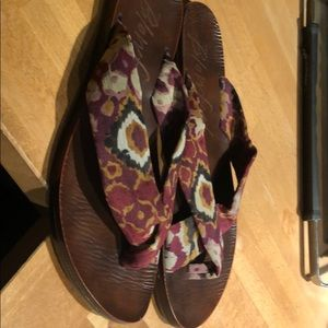 Blowfish Malibu Cross Strap Sandals
